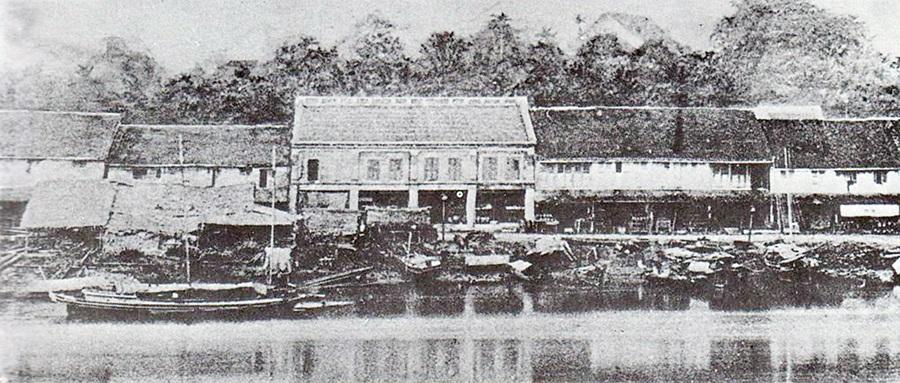 1864年的古晋老巴刹。